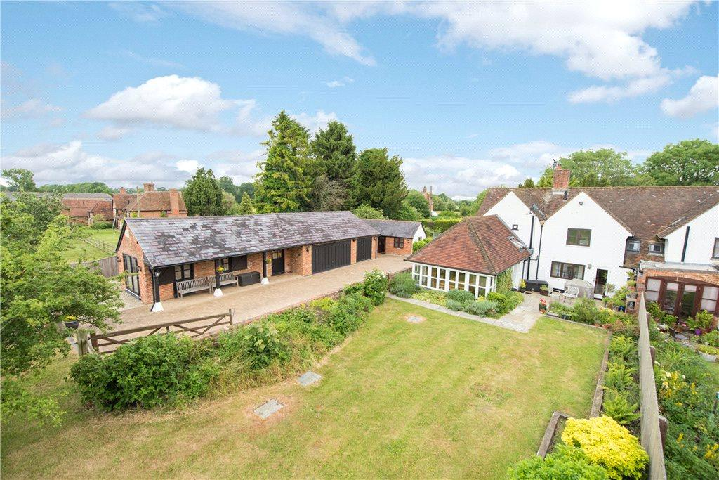 4 Bedrooms Unique Property for sale in Lower Hartwell, Aylesbury, Buckinghamshire