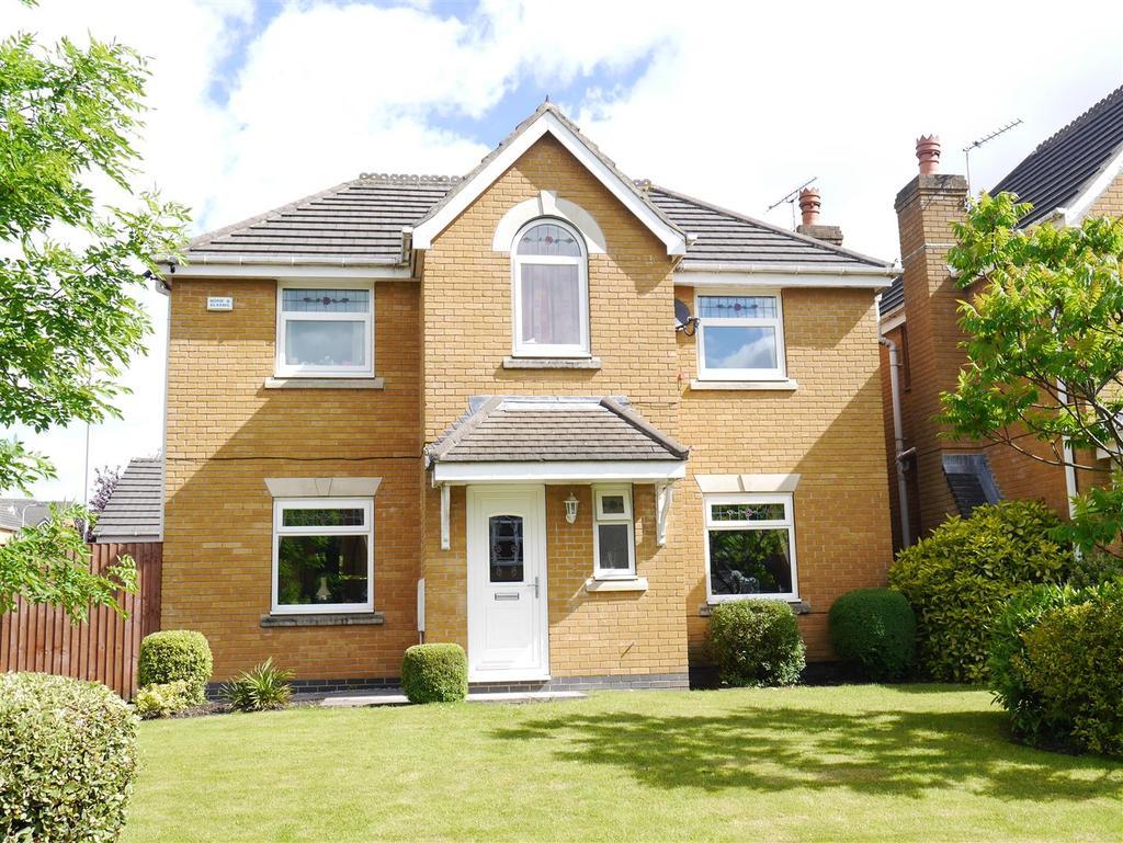 4 Bedrooms Detached House for sale in Knightsbridge Walk, Bierley, BD4 6ES