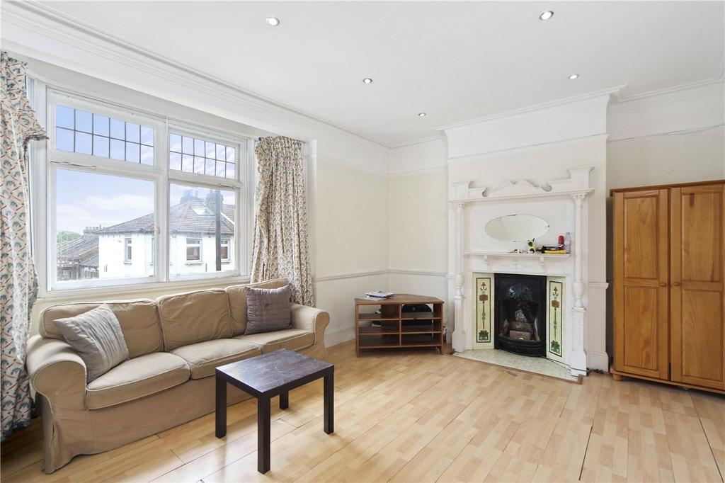 3 Bedrooms Flat for sale in Fulham Palace Road, London, W6