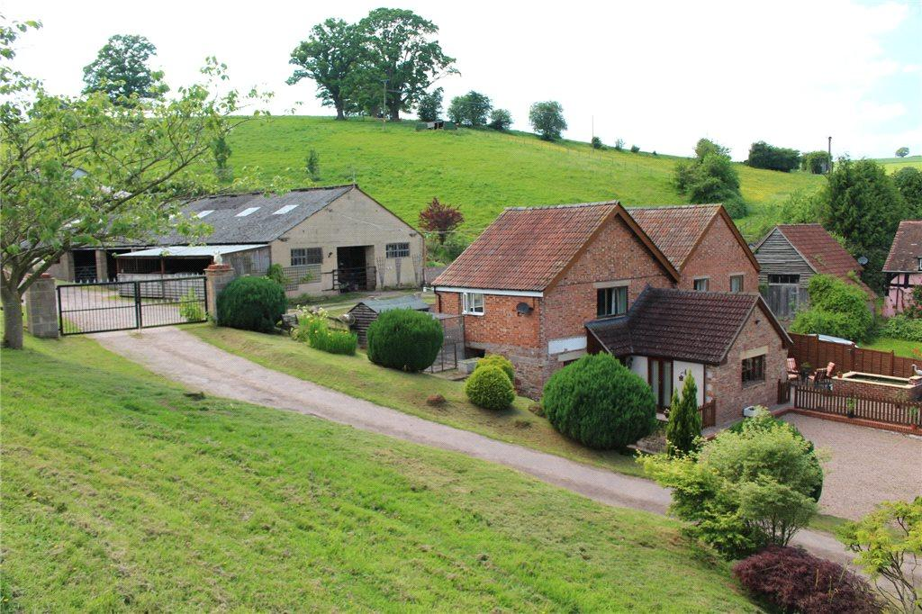 5 Bedrooms Equestrian Facility Character Property for sale in Ross Road, Longhope, Gloucestershire, GL17