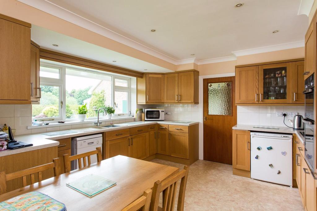 4 Bedrooms Detached House for sale in Bell Lane, Huby, York