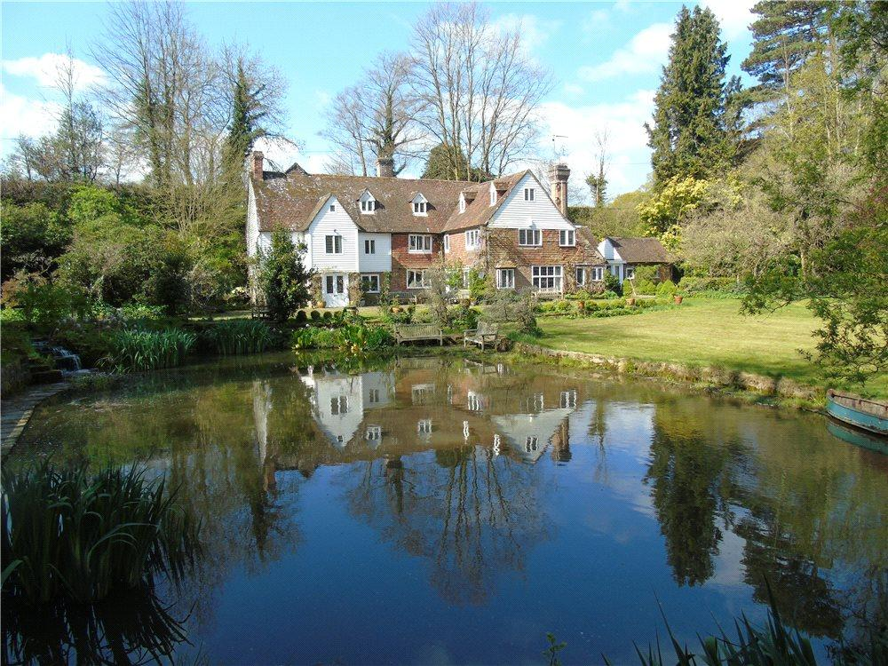 6 Bedrooms Detached House for sale in Furnace Lane, Cowden, Kent, TN8