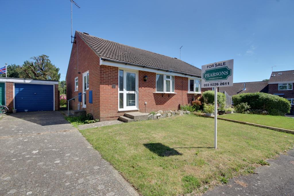 1 Bedroom Semi Detached Bungalow for sale in WATERLOOVILLE