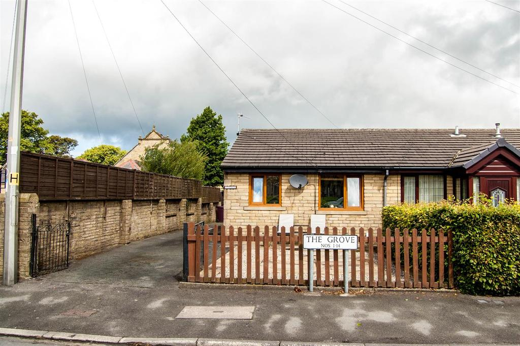 2 Bedrooms Semi Detached Bungalow for sale in The Grove, Owen Street, Burnley