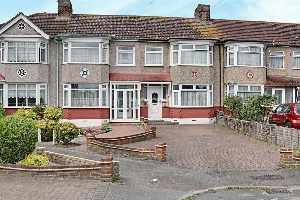 3 Bedrooms Terraced House for sale in Barton Avenue, Rush Green, Romford