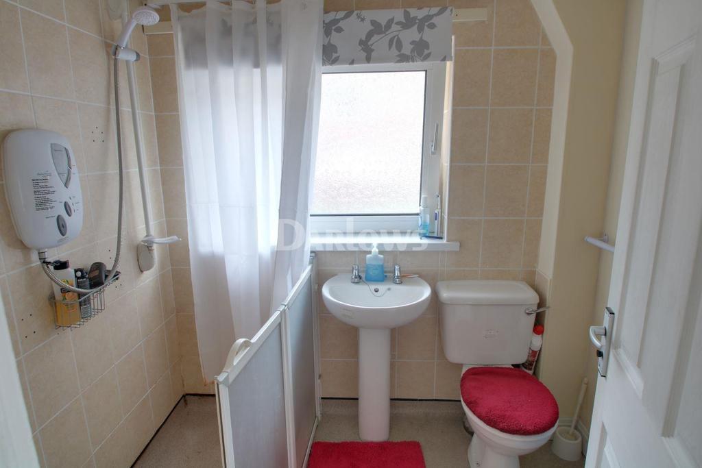 2 Bedrooms Semi Detached House for sale in Graig yr helfa Road, Glyntaff