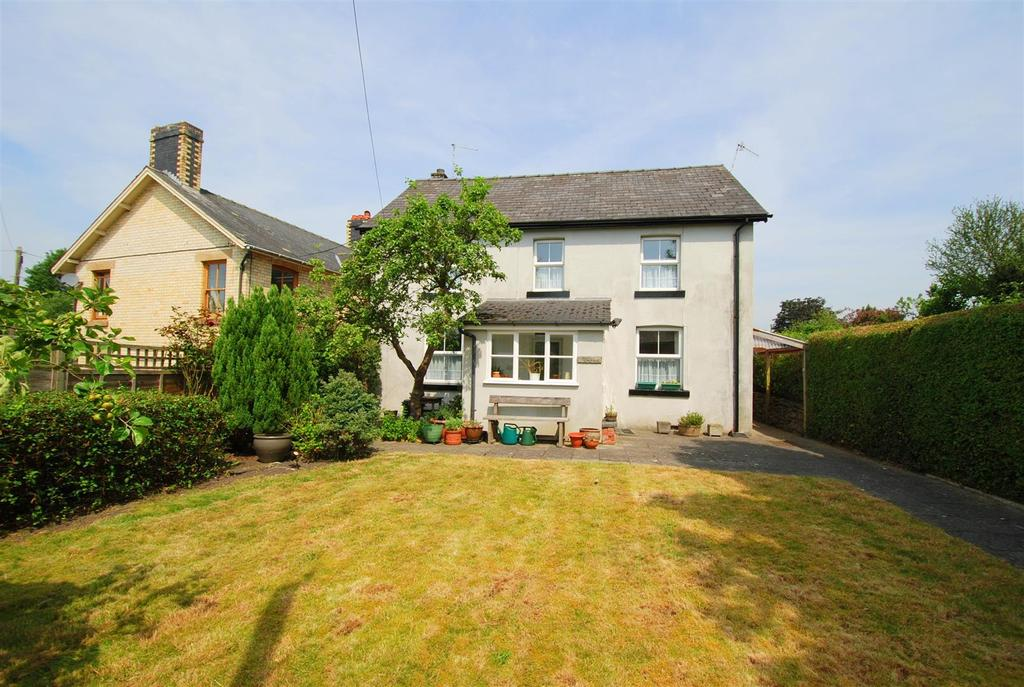 3 Bedrooms Detached House for sale in West Street, Rhayader