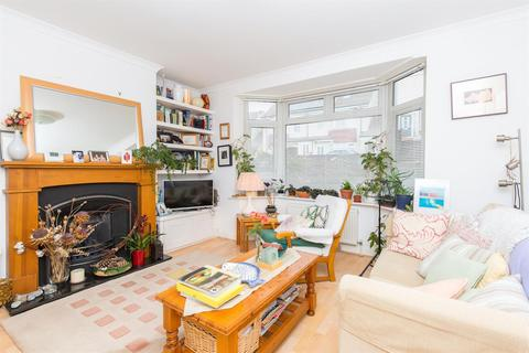 3 bedroom semi-detached house for sale - Carlyle Avenue, Brighton