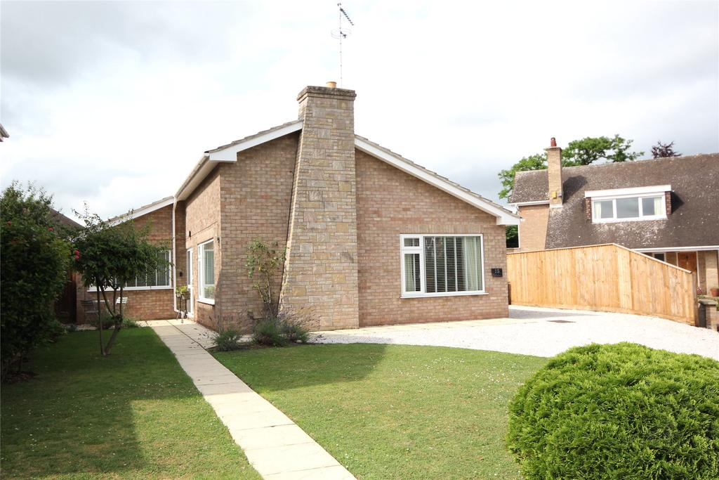 3 Bedrooms Detached Bungalow for sale in Wesley Close, Sleaford, NG34