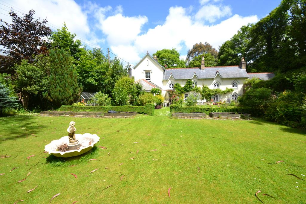 5 Bedrooms Detached House for sale in Dunmere, Bodmin