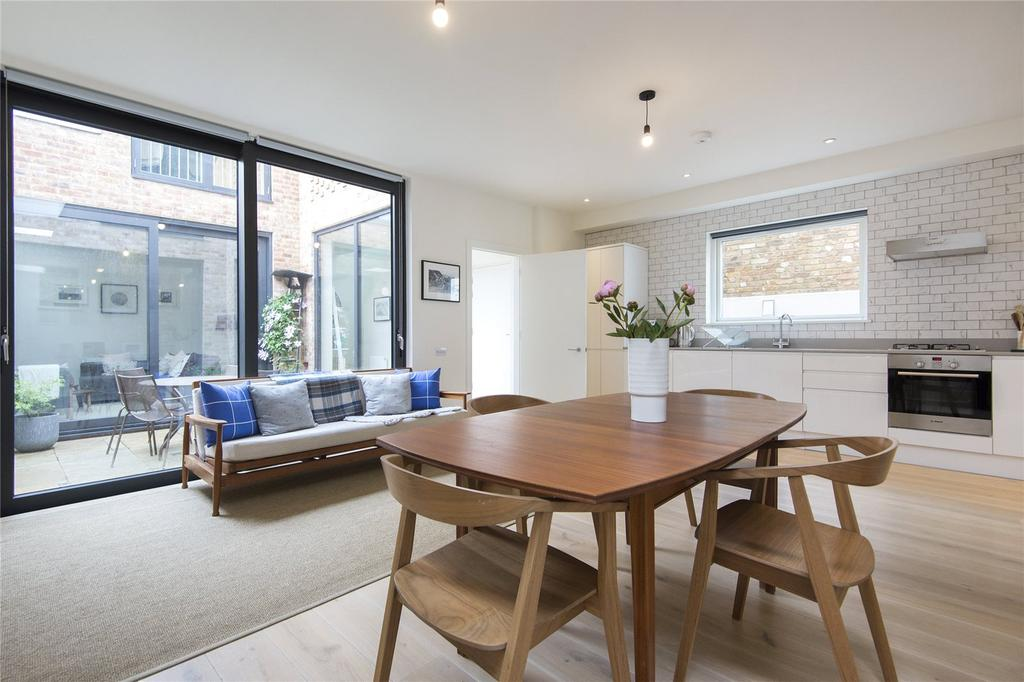 3 Bedrooms Terraced House for sale in Thyme Walk, Dunlace Road, London, E5
