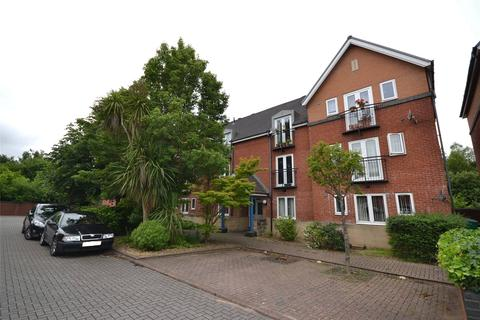 2 bedroom apartment for sale - Barquentine Place, Cardiff Bay, Cardiff, CF10
