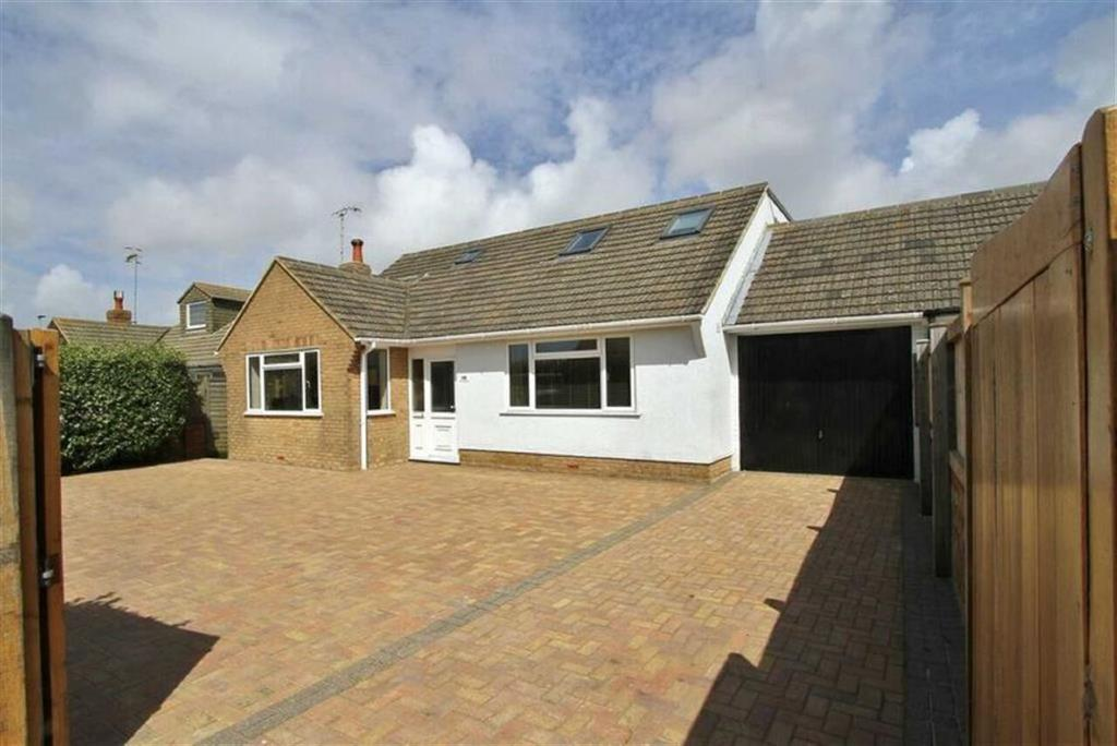 4 Bedrooms Detached Bungalow for sale in South Coast Road, PEACEHAVEN