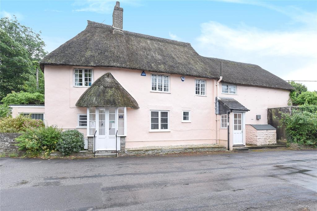 4 Bedrooms Detached House for sale in Charminster, Dorchester, Dorset