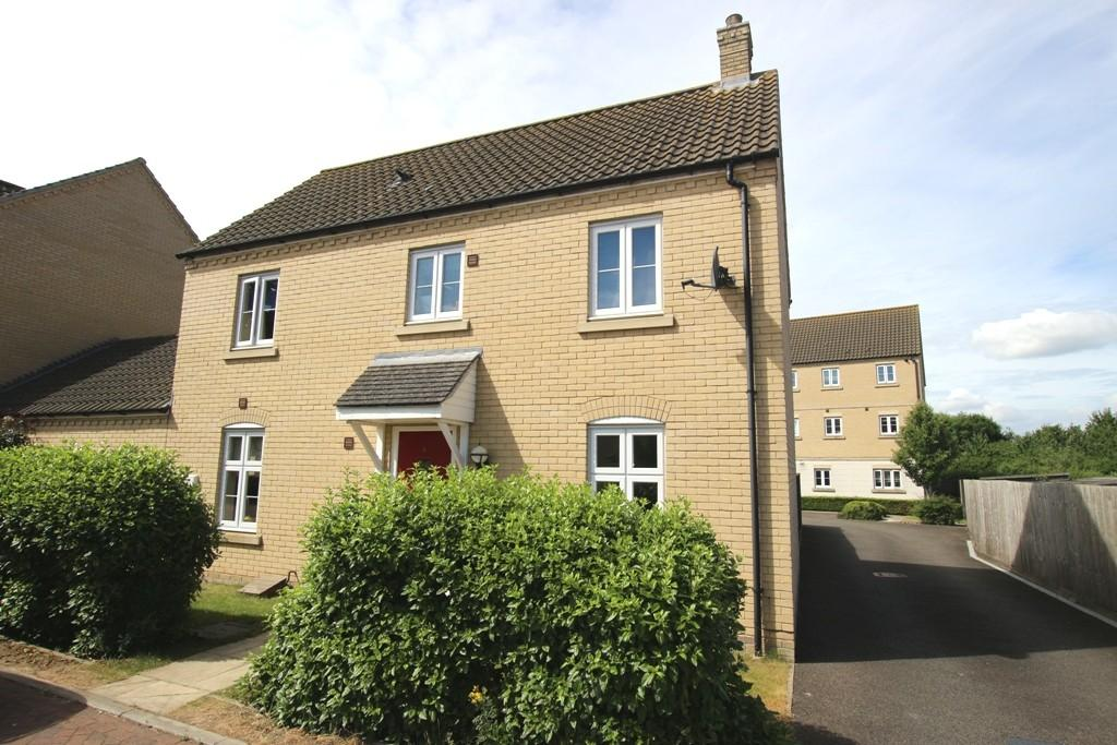 3 Bedrooms Link Detached House for sale in Murfitt Close, Ely