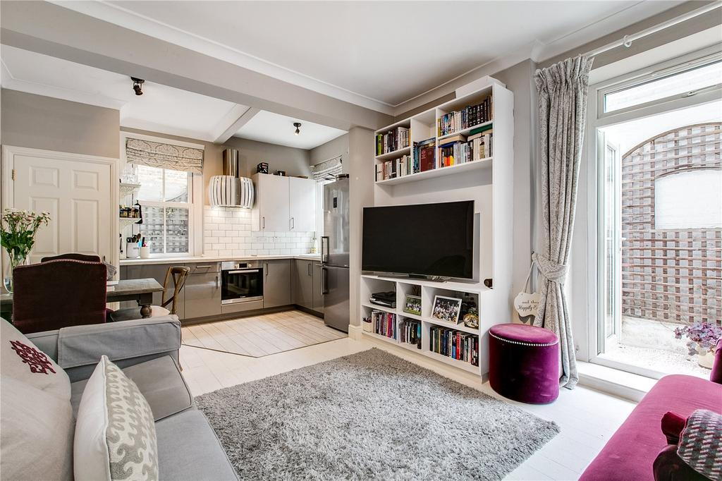 2 Bedrooms Flat for sale in Vera Road, Fulham, London