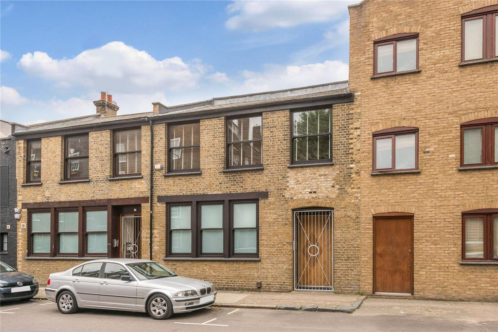2 Bedrooms Terraced House for sale in Coate Street, Bethnal Green, London