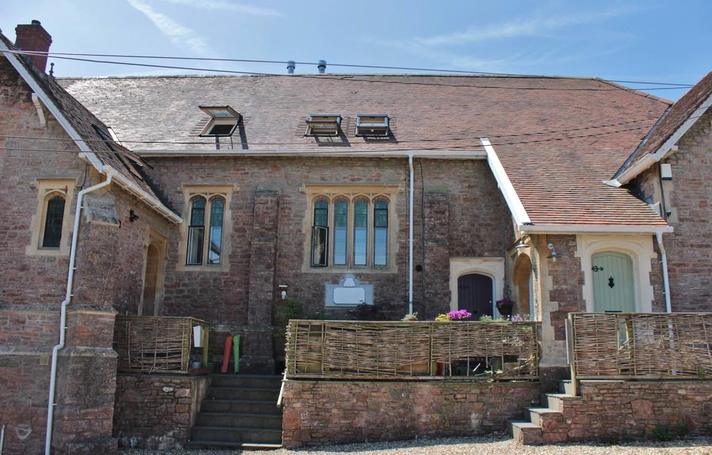 3 Bedrooms Terraced House for sale in Charming converted chapel in central Blagdon location