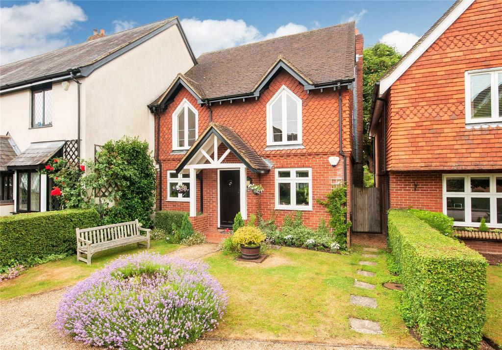 4 Bedrooms End Of Terrace House for sale in Middle Green, Brockham, Betchworth, Surrey, RH3