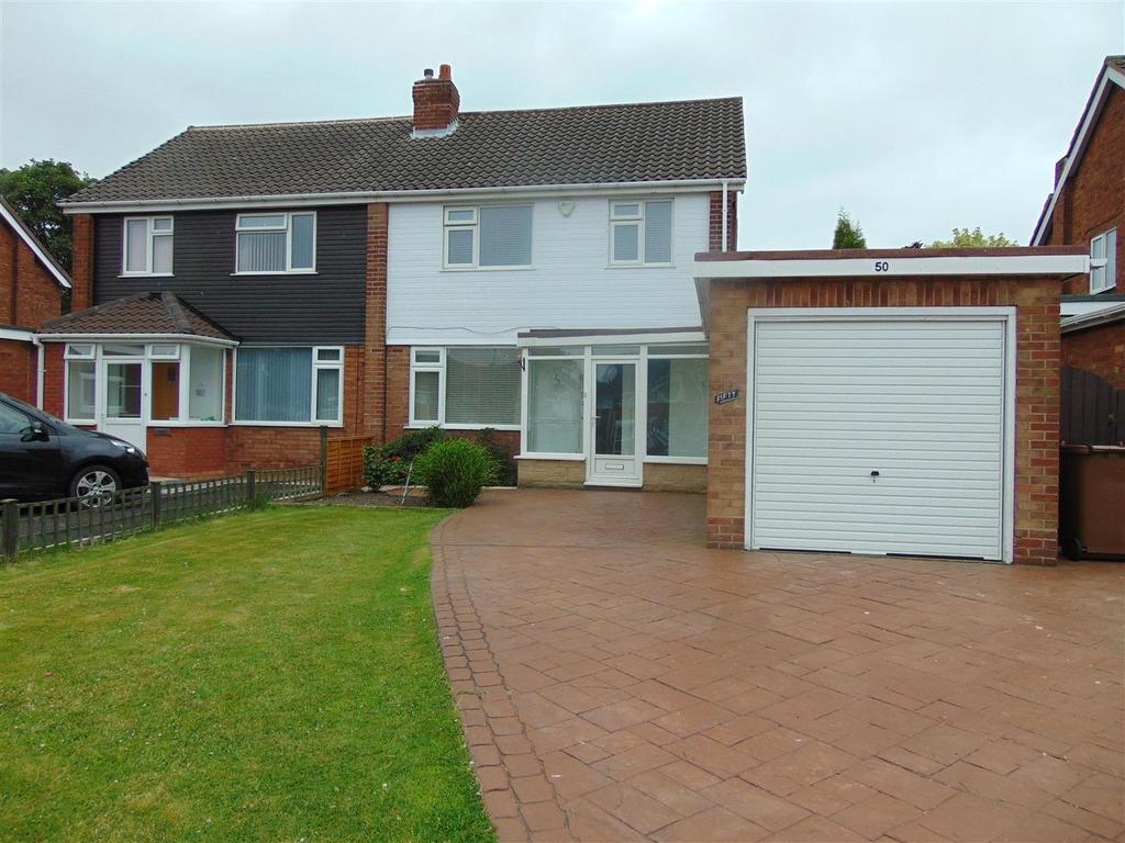 4 Bedrooms Semi Detached House for sale in Northgate, Aldridge
