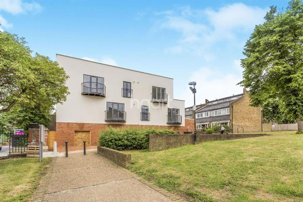 2 Bedrooms Flat for sale in Elder Road, West Norwood, SE27
