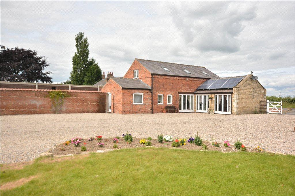 4 Bedrooms Equestrian Facility Character Property for sale in Horseshoe House, Marston Wyse Farm, Wetherby Road, Long Marston, York