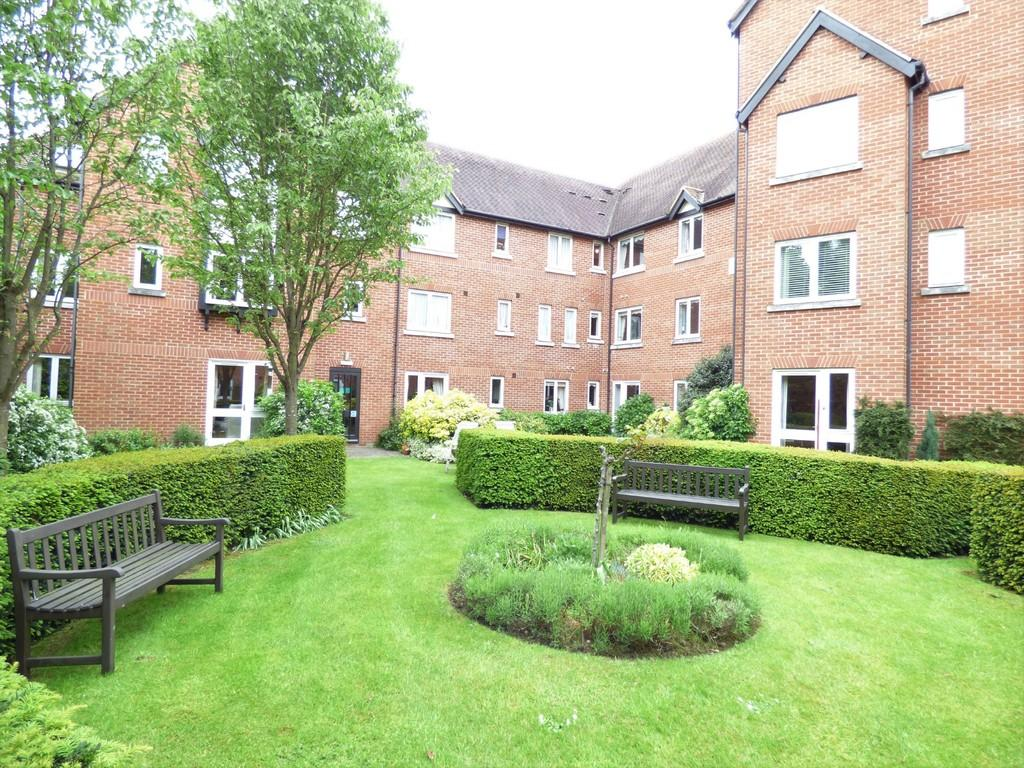 1 Bedroom Apartment Flat for sale in Swan Court, Banbury Road, Stratford-Upon-Avon