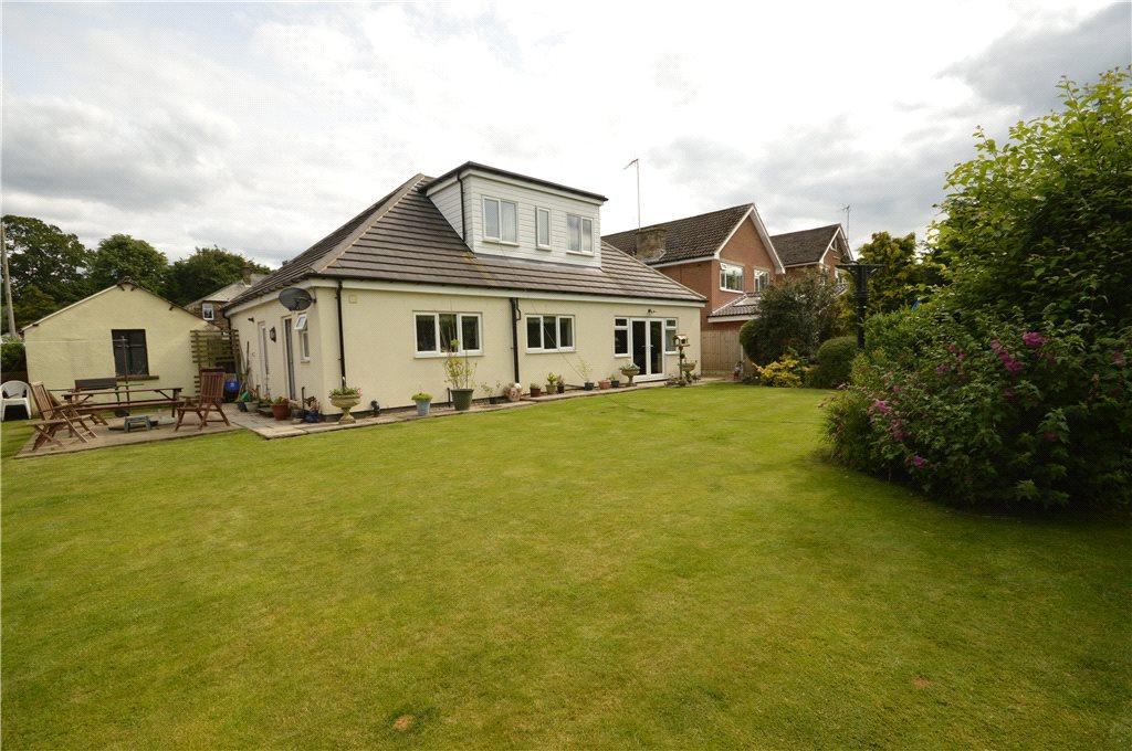 4 Bedrooms Detached House for sale in Hawksworth Avenue, Guiseley, Leeds