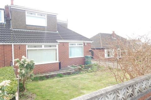 3 bedroom semi-detached house to rent - Dorchester Drive, Royton, Oldham