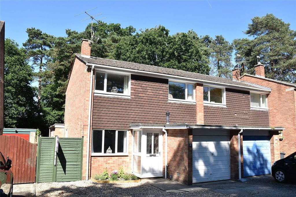 3 Bedrooms Semi Detached House for sale in Mornington Close, Baughurst, Tadley, Hampshire, RG26