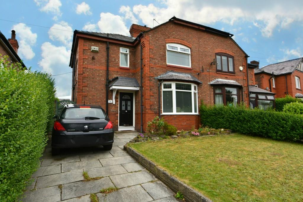 3 Bedrooms Semi Detached House for sale in Wigan Road, Ormskirk