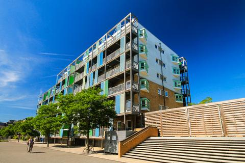 2 bedroom apartment to rent - Warren Close, Cambridge