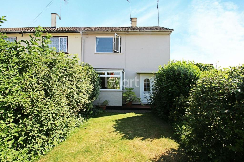 2 Bedrooms Semi Detached House for sale in Forest Drive, Chelmsford