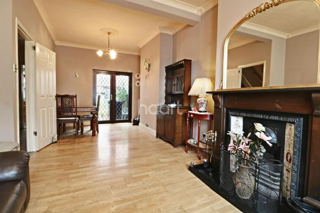 2 Bedrooms Terraced House for sale in Greenbank, Bristol