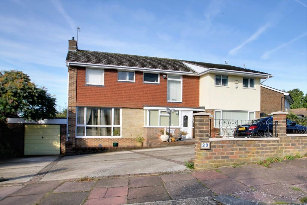 5 Bedrooms Detached House for sale in Longlands, Worthing, BN14 9NW