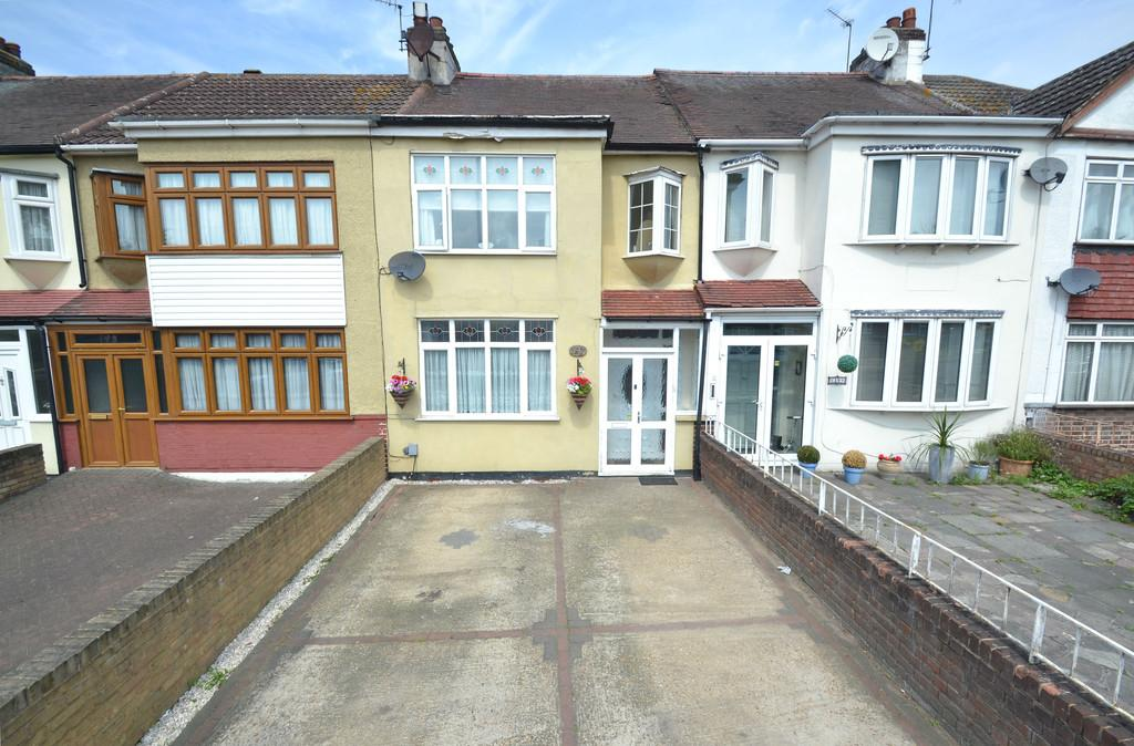 3 Bedrooms Terraced House for sale in Chase Cross Road, Chase Cross