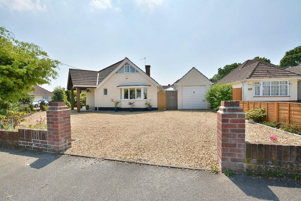 4 Bedrooms Chalet House for sale in Mayfield Way , Ferndown