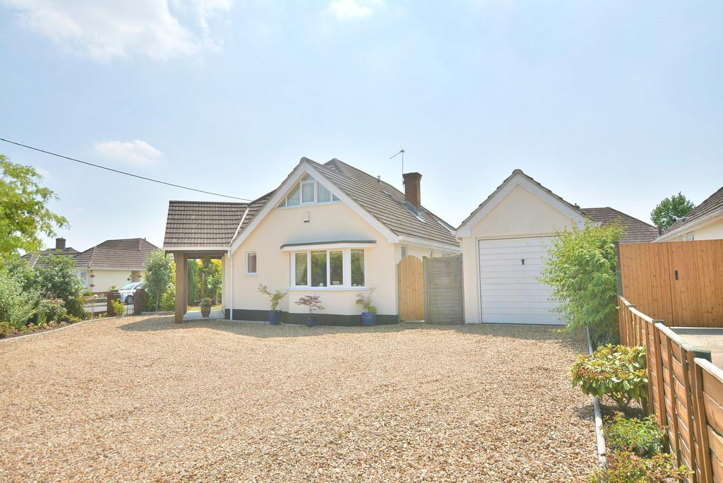 5 Bedrooms Chalet House for sale in Mayfield Way , Ferndown