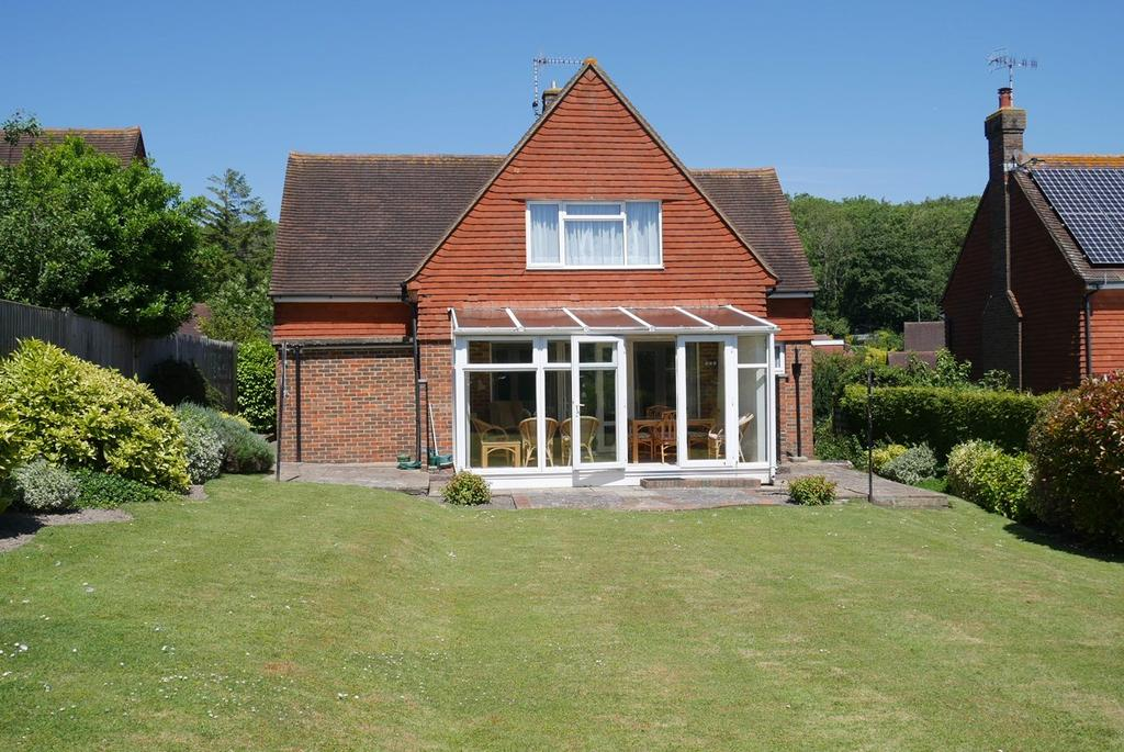 3 Bedrooms Detached House for sale in Babylon Way, Ratton, Eastbourne, BN20