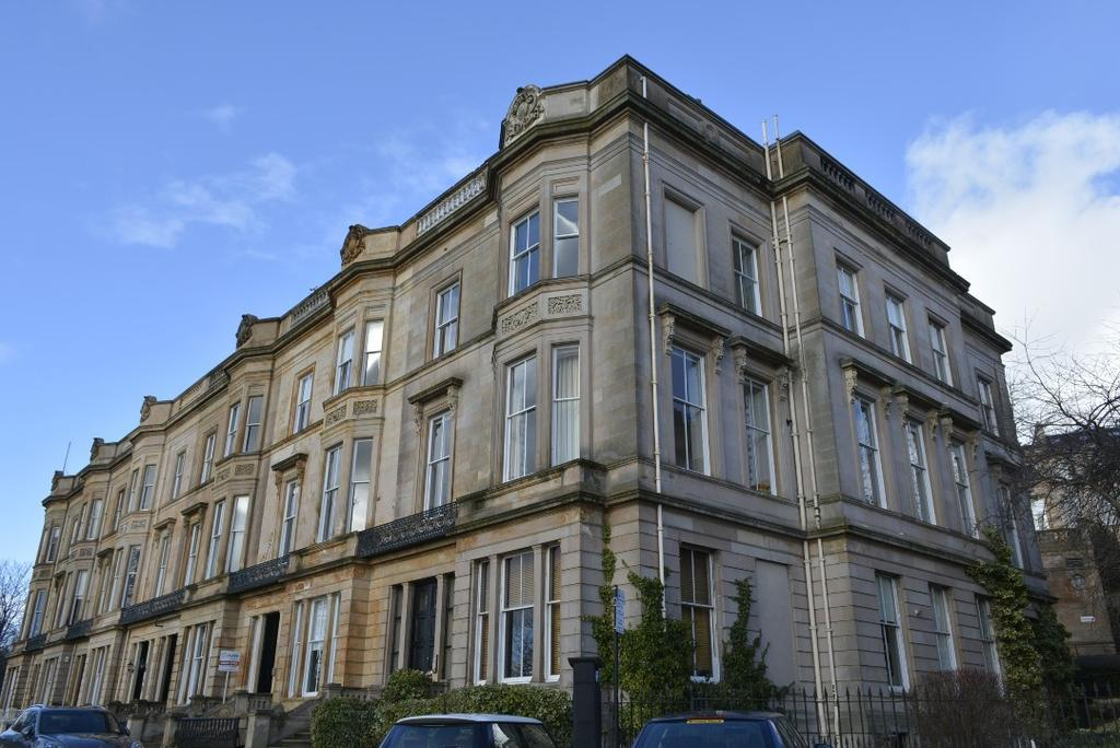 2 Bedrooms Flat for sale in Park Gardens, Flat 6, Park District, Glasgow, G3 7YE
