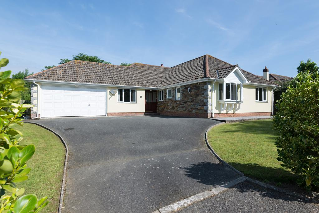 5 Bedrooms House for sale in Trevallion, 1 St Endellion Lane, Trelights
