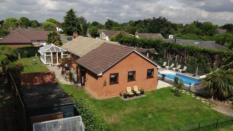 4 Bedrooms Detached Bungalow for sale in Perryfield, Matching Green, Matching