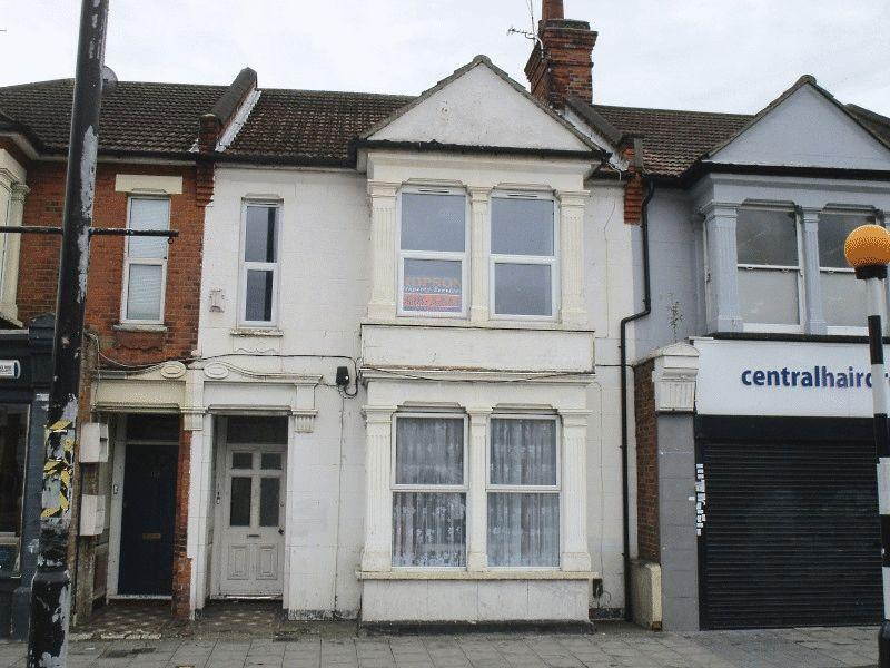 2 Bedrooms Flat for sale in London Road, Southend-On-Sea
