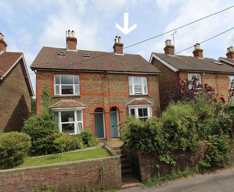 2 Bedrooms Semi Detached House for sale in College Lane, Hurstpierpoint