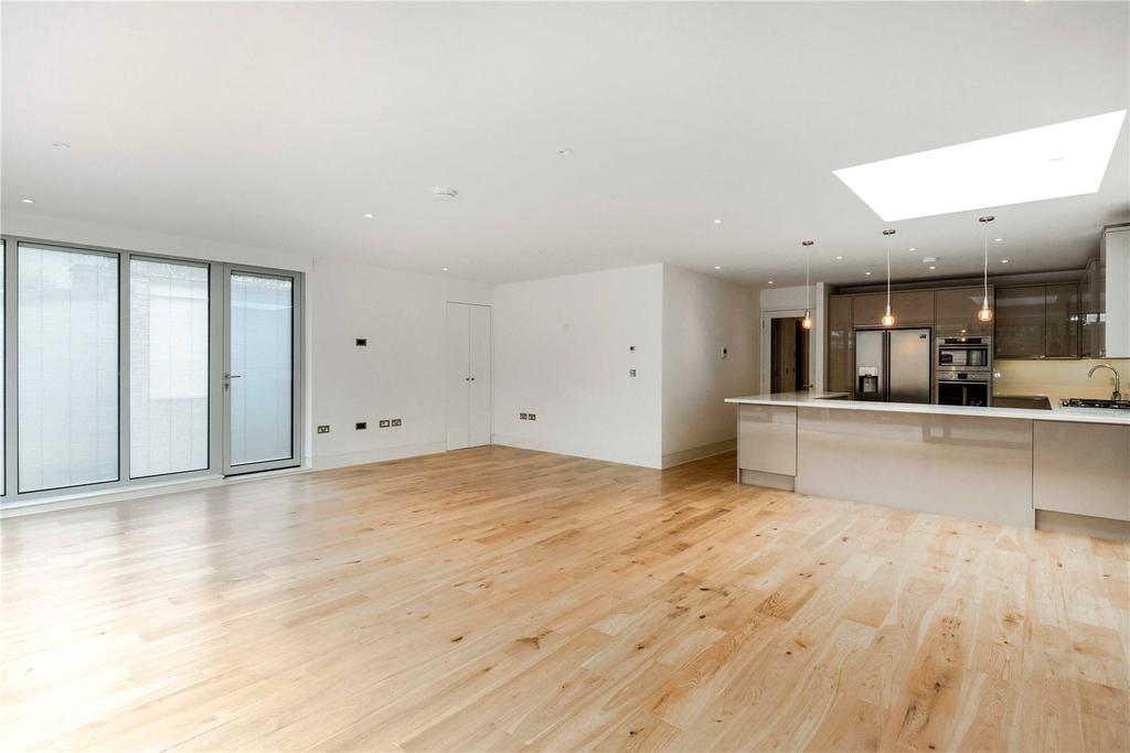3 Bedrooms Unique Property for sale in Upper Richmond Road, Putney, London, SW15