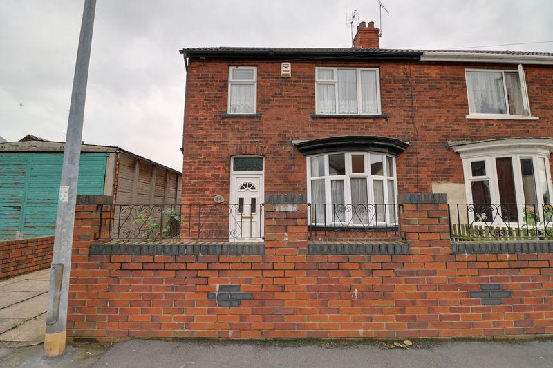 3 Bedrooms Semi Detached House for sale in Grosvenor Street, Scunthorpe