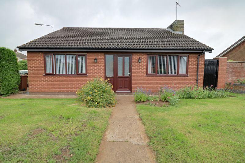 3 Bedrooms Detached Bungalow for sale in Crowberry Drive, Scunthorpe