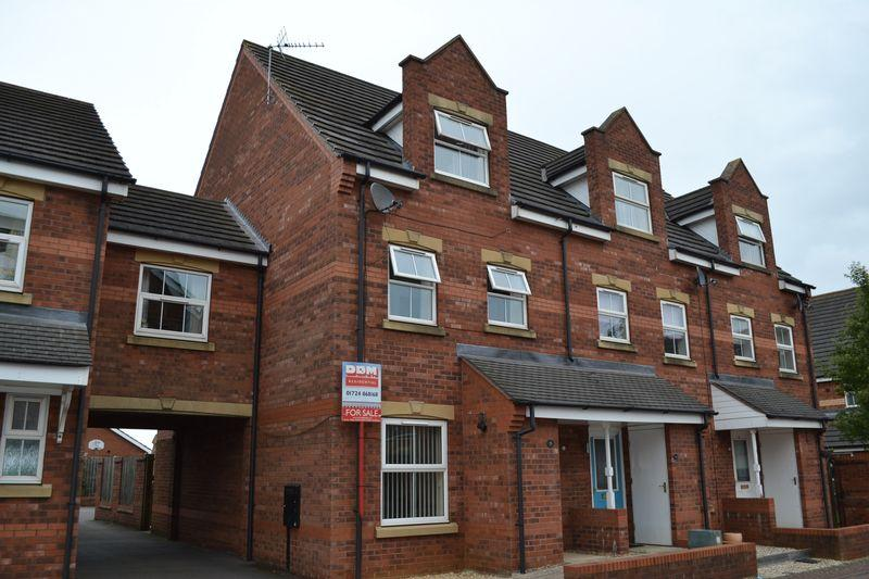 3 Bedrooms Terraced House for sale in Laurel Way Scunthorpe DN16 3GT