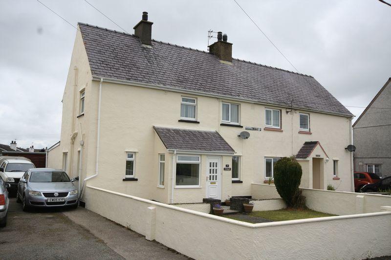 3 Bedrooms Semi Detached House for sale in Chapel Street, Gaerwen