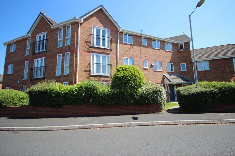 2 Bedrooms Apartment Flat for sale in Greetland Drive, Blackley M9 6DP